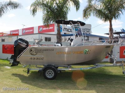Fish Hunter 499CC Fisherman centre console