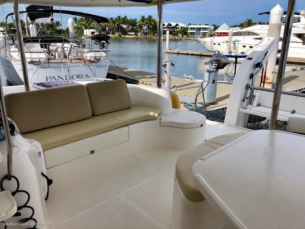 Leopard Catamarans 46 4 cabins, 4 bathrooms / separate showers version