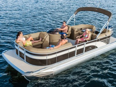 Bennington Pontoon Boat 25SSR