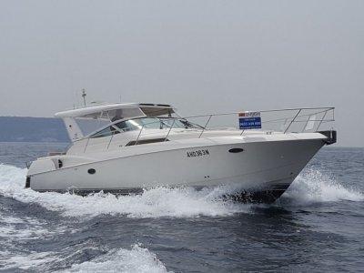 Riviera M400 Sports Cruiser