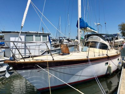 Nantucket Islander 33