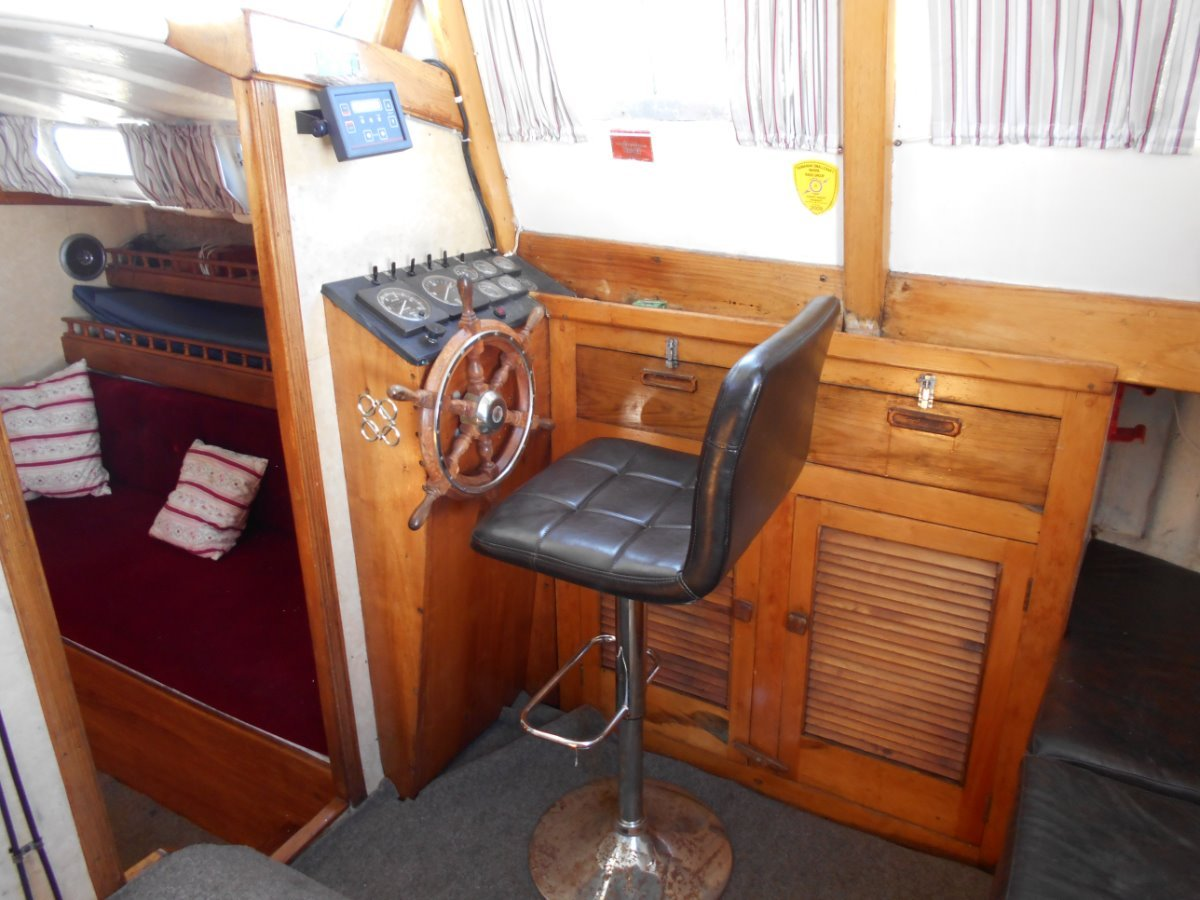 Pilothouse Motor Yacht HUGE PRICE REDUCTION MUST SELL
