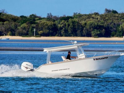 VMax 24 Offshore Sportfisher- Click for more info...