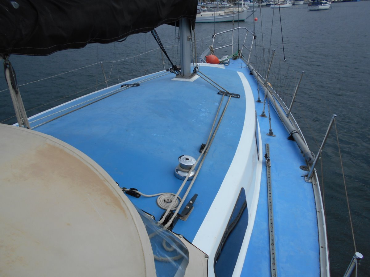 Lotus 9.2m Sloop POPULAR CRUISER/CLUB RACER