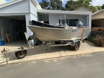 4.2m Alloy Centre Console, 60hp Yamaha Outboard
