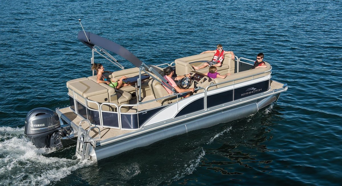 Bennington Pontoon Boat 23 SL
