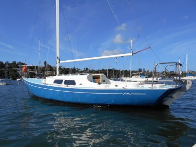 Folkboat 26 New Diesel $7500 Volvo will be sold offers !!
