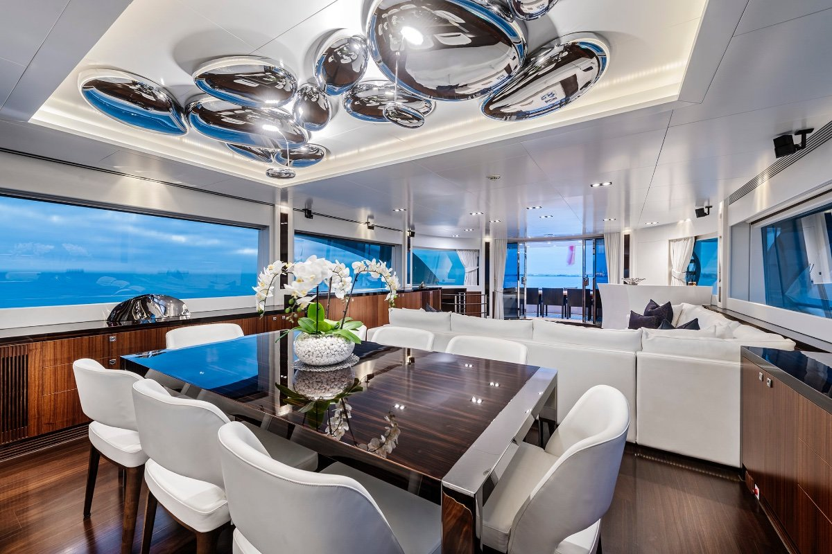 Horizon Yacht Rp110:Formal Dining
