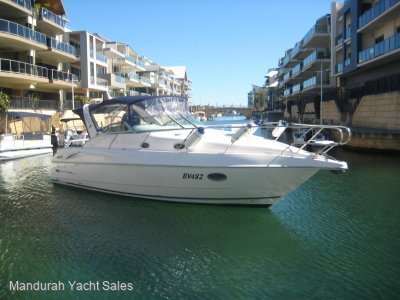 Sunrunner 3300 **Low hours well maintained cruiser, new covers**
