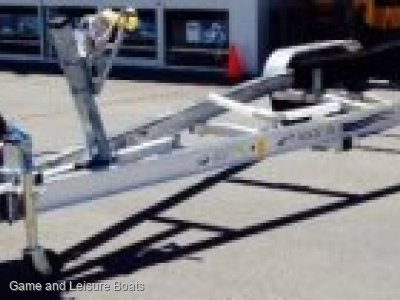 2018 MAGIC TILT BOAT TRAILER TTALS36170