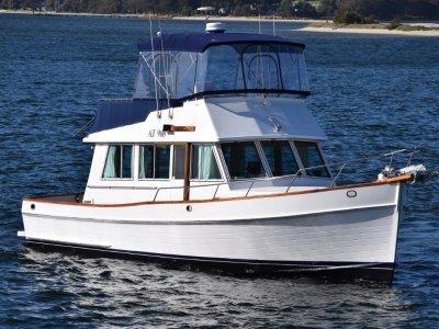 Grand Banks 36 Sedan Cruiser