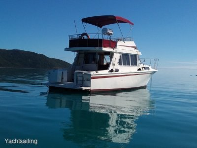 Fairway 36 Flybridge Cruiser The Fairway 36 is a tried and true staple
