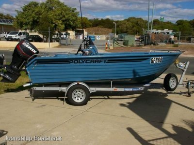 Polycraft 4.80 Brumby Centre Console 2017 model as new