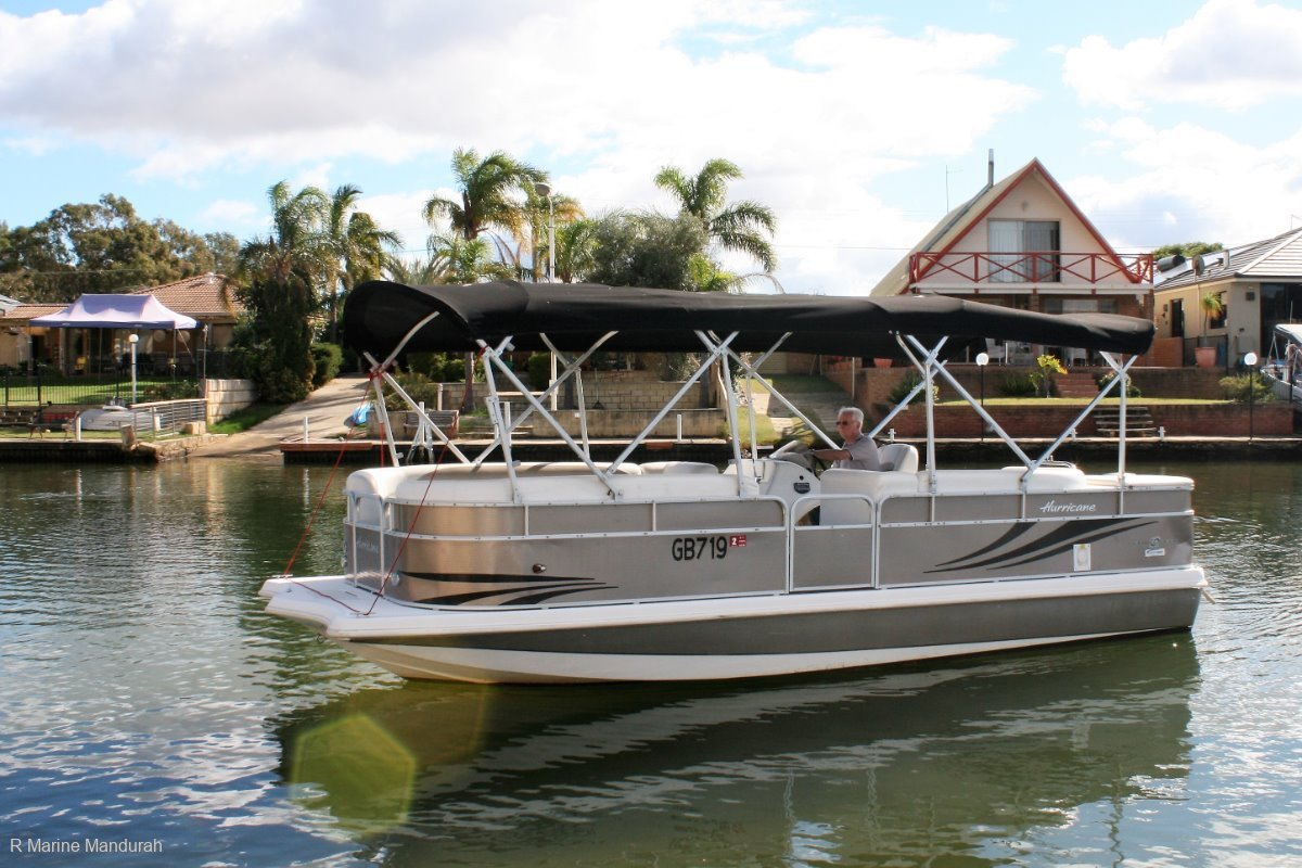 Hurricane Fundeck 236 *** WITH TRAILER *** $54990*** ***