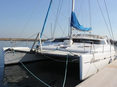 Voyage Yachts 500 Blue Water