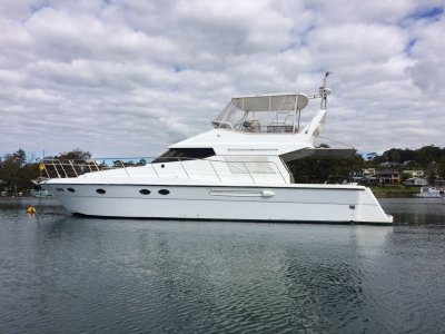 Prima 46 Flybridge Cruiser