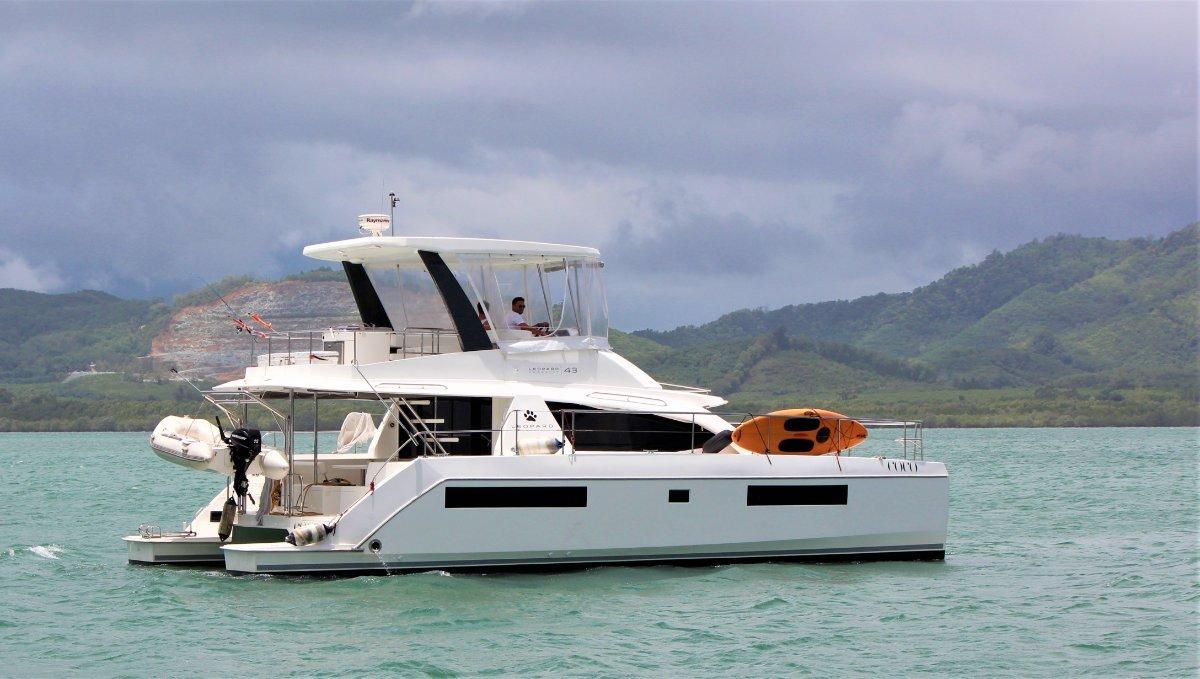 Leopard Catamarans 43 PC Owners Version