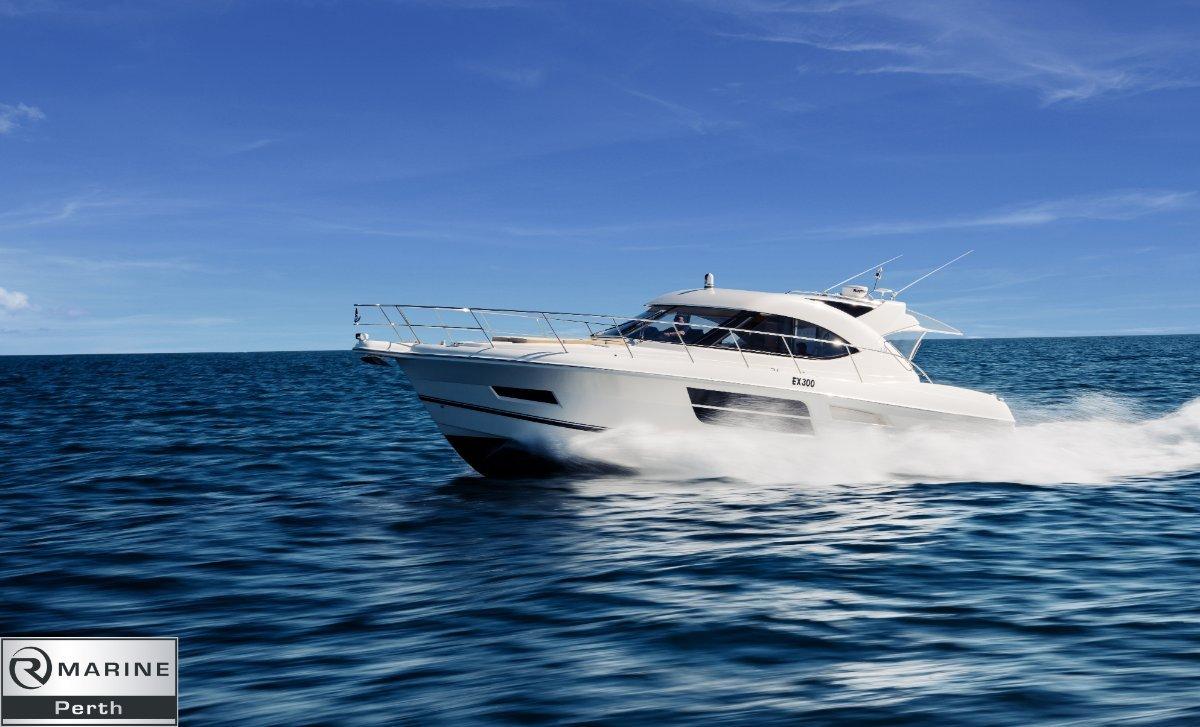 Riviera 5000 Sport Yacht - Series II