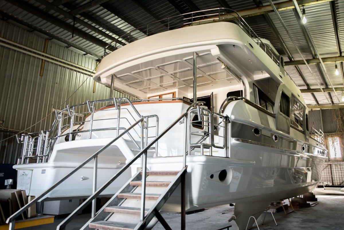 22m Luxury Power Catamaran