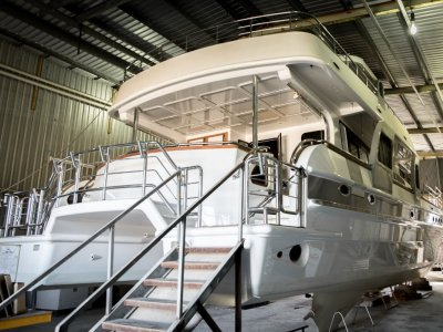 22m Luxury Power Catamaran