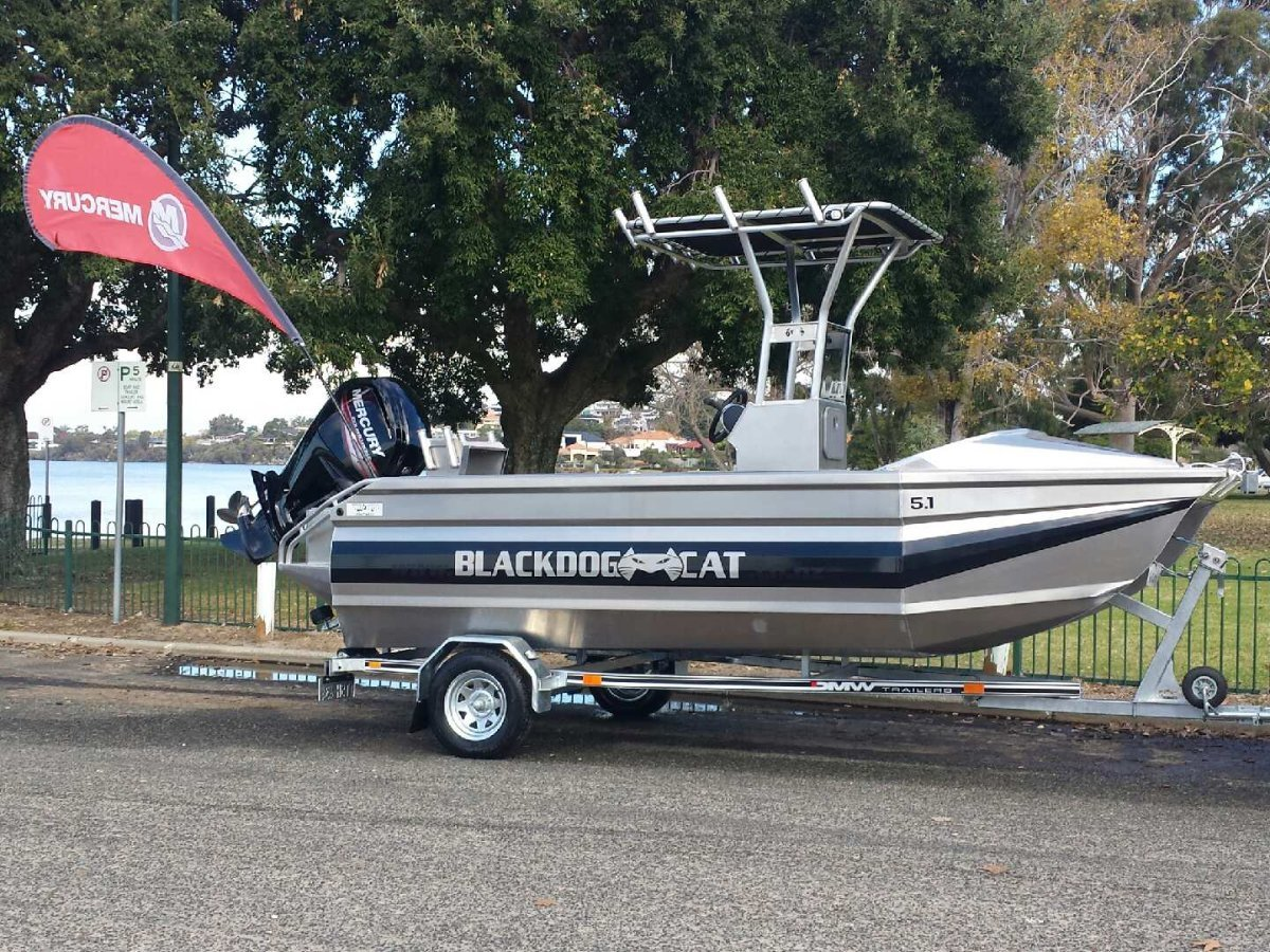 Blackdog Cat 5.10 Centre Console NOW REDUCED - ONE ONLY DEMO AVAILABLE AT $ 49,850.