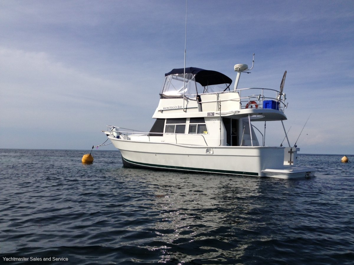 Mainship 390 Trawler Long Range Cruiser:Montego Bay at Rottnest island