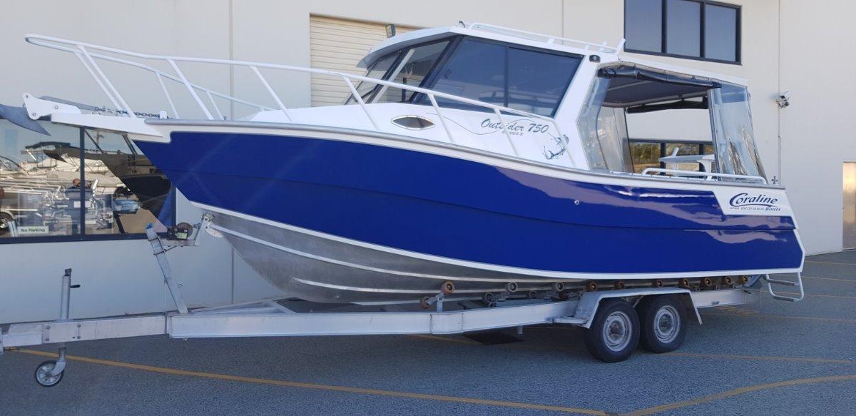 Coraline 750 Outsider Series Ii Sports Cruiser