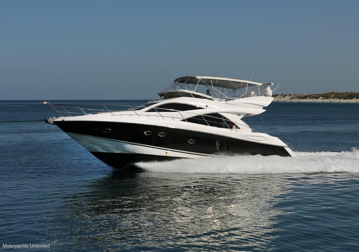 Sunseeker Manhattan 50 Performance cruiser with full width master cabin