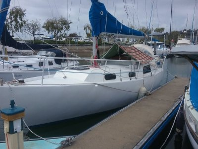 10m Berth For Sale or Rent at Wynnum Manly Yacht Club Marina.