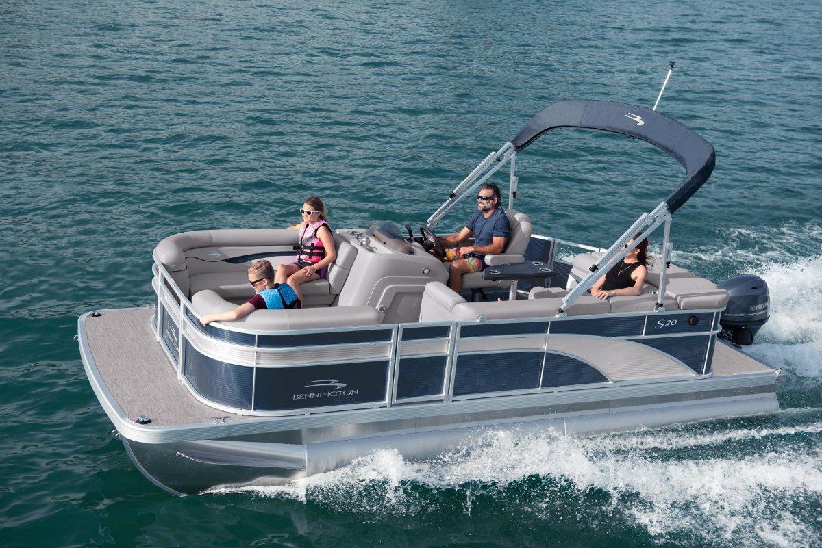 Bennington Pontoon Boat 20 SL
