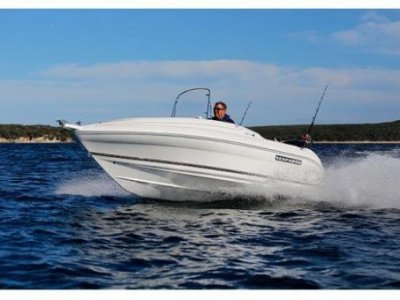 Seafarer Vamp SPORTY CENTRE CONSOLE BOWRIDER