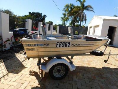 Bluefin Trekker 2.95 Dinghy Bluefin 295- year 2012 -4hp 4 stroke -lic