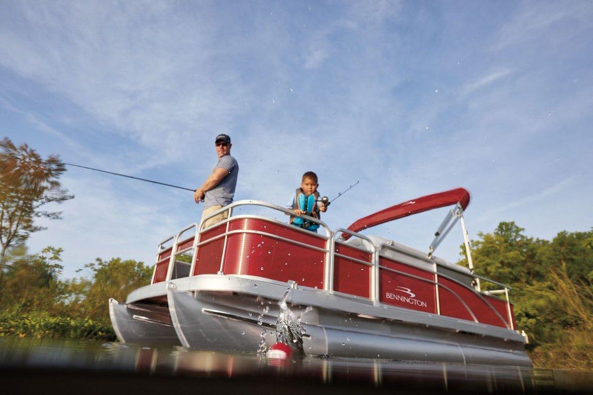 Bennington Pontoon Boat 188 SLV