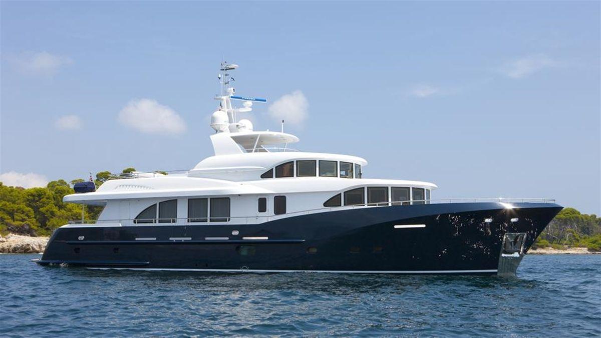 Kingship Columbus 90 Motor Yacht