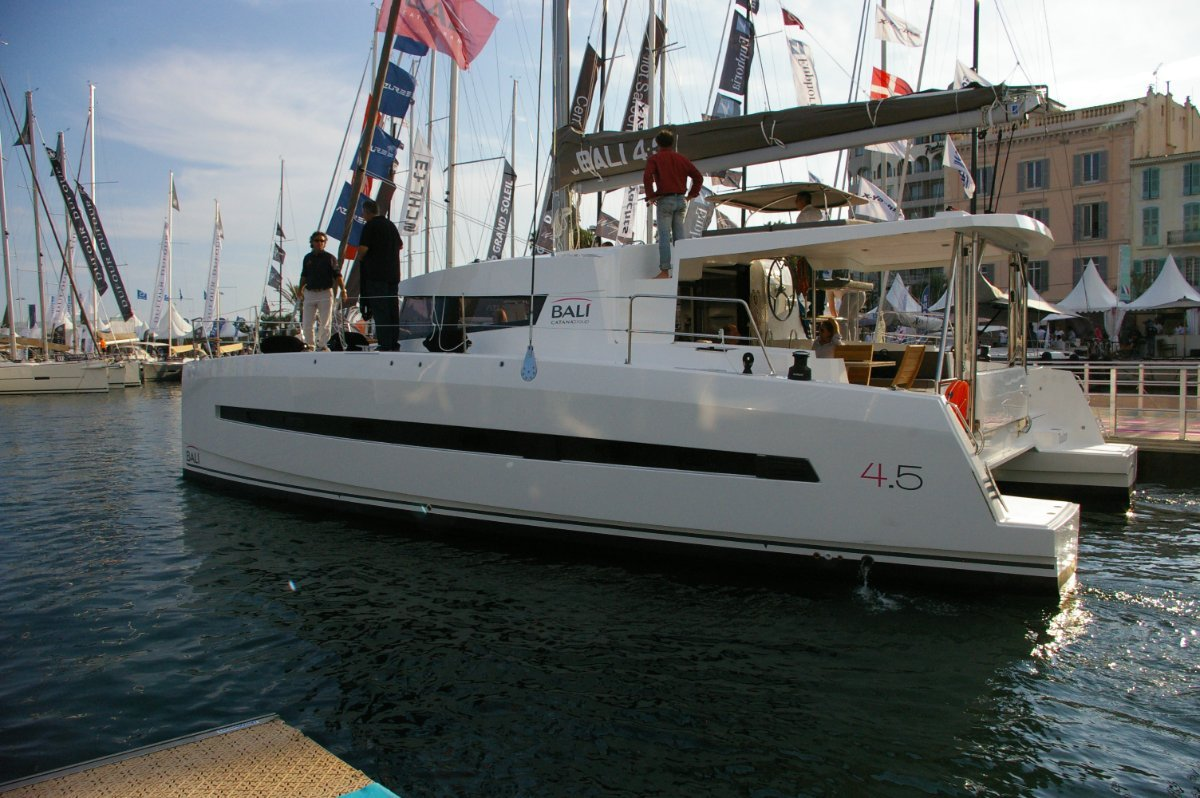 Bali Catamarans 4.5 - 2019 new vessels available and in stock.