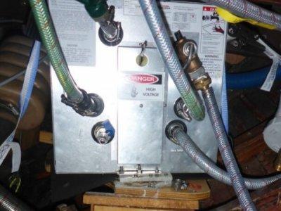 Hot water heater/calorifier Kuuma 40611 for Boats/Campervan