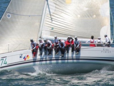 Beneteau First 40 Optimised Race boat that adapts to cruising- Click for more info...
