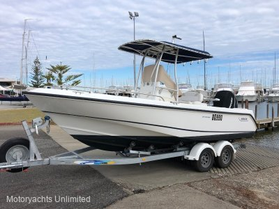 Boston Whaler 210 Outrage - Great Allrounder - fishing, diving, crayfishing