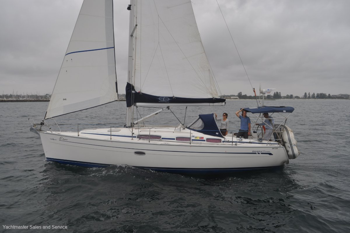 Bavaria 38 CRUISER:Elysee under sail
