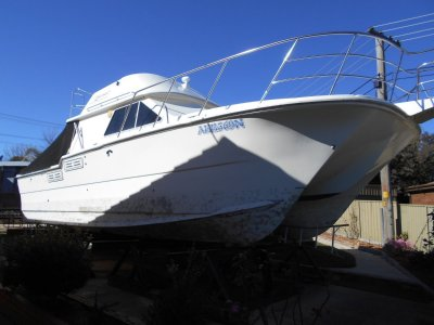 Norcat Challenger 1100 Flybridge Auction now on ebay from $1.00 will be sold No Res