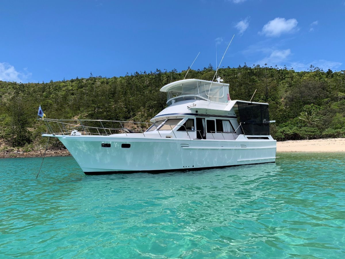 Used Lyscrest 42 Sundeck Flybridge Cruiser for Sale | Boats For Sale