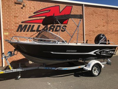 Bluefin 4.25 Discovery with Mercury 40hp 4 stroke