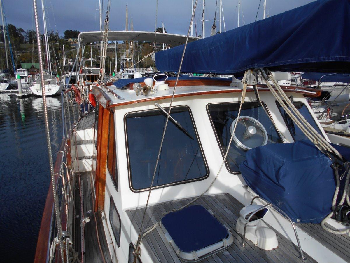 Nauticat 44 TRUE PILOTHOUSE CRUISING YACHT Excellent Layout