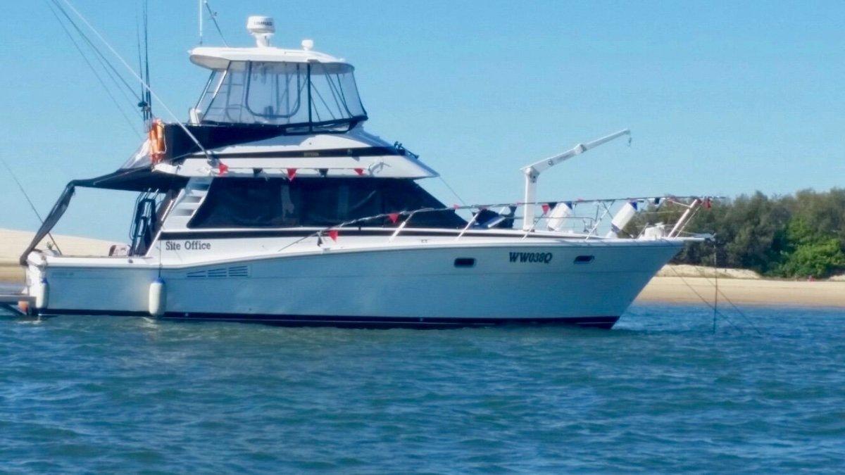Riviera 38 Bluewater Flybridge