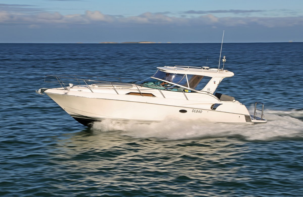 Riviera M360 Sportscruiser - Fitted with new big block V8s:Riviera M360 powered by twin 8.2L Mercruiser V8\'s