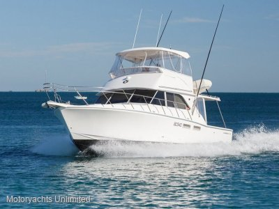 Caribbean 40 Flybridge Cruiser - Well presented with excellent service history