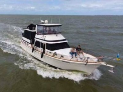 Offshore 48 Aft Cabin Flybridge Cruiser
