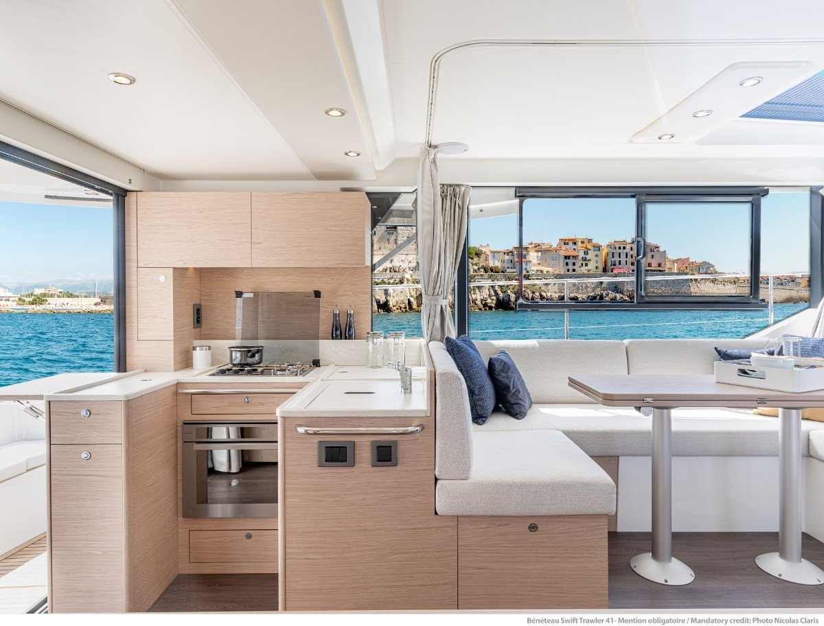 Beneteau Swift Trawler 41 Fly