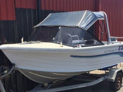 Quintrex 455 Escape Runabout - Very Tidy