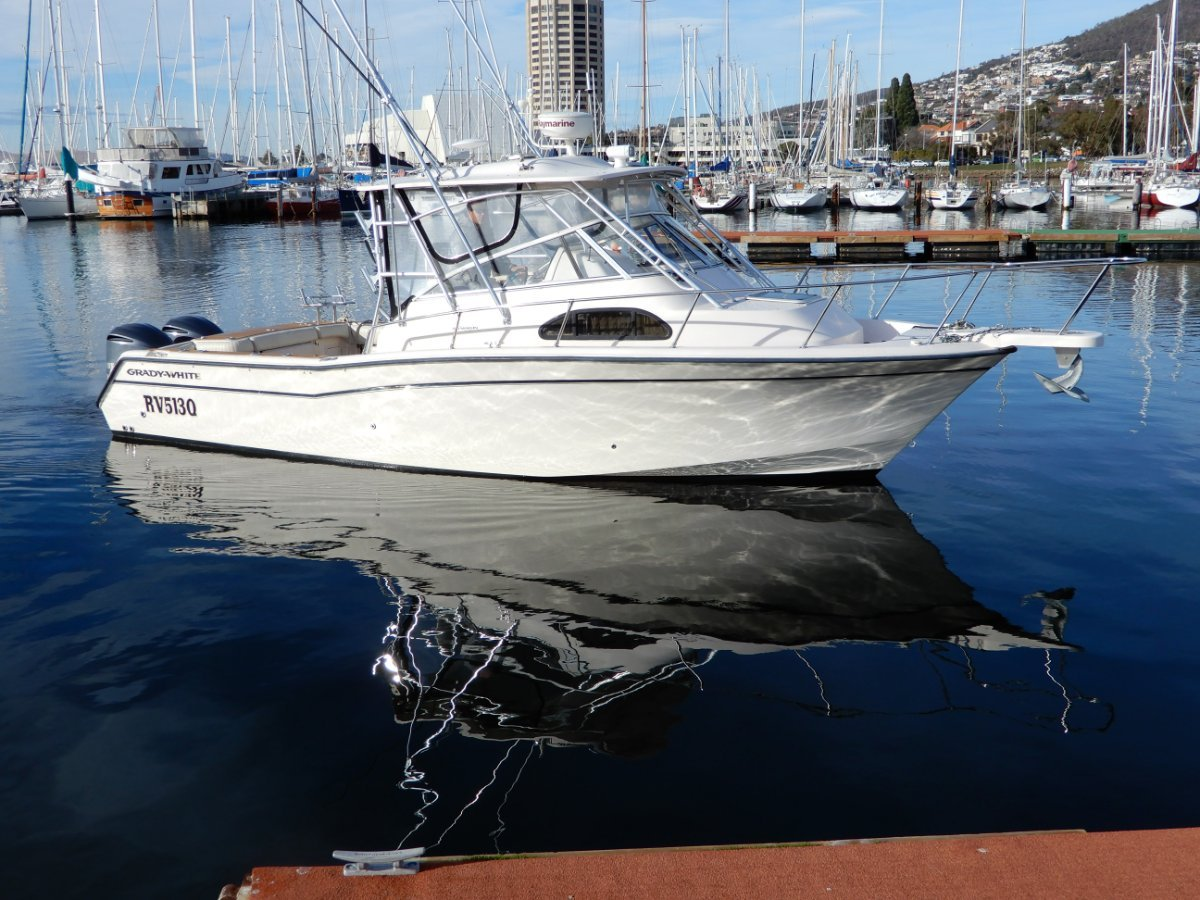 Grady-White Marlin 300 SUPERB OFFSHORE FISH/GAME BOAT EXCELLENT CONDITION